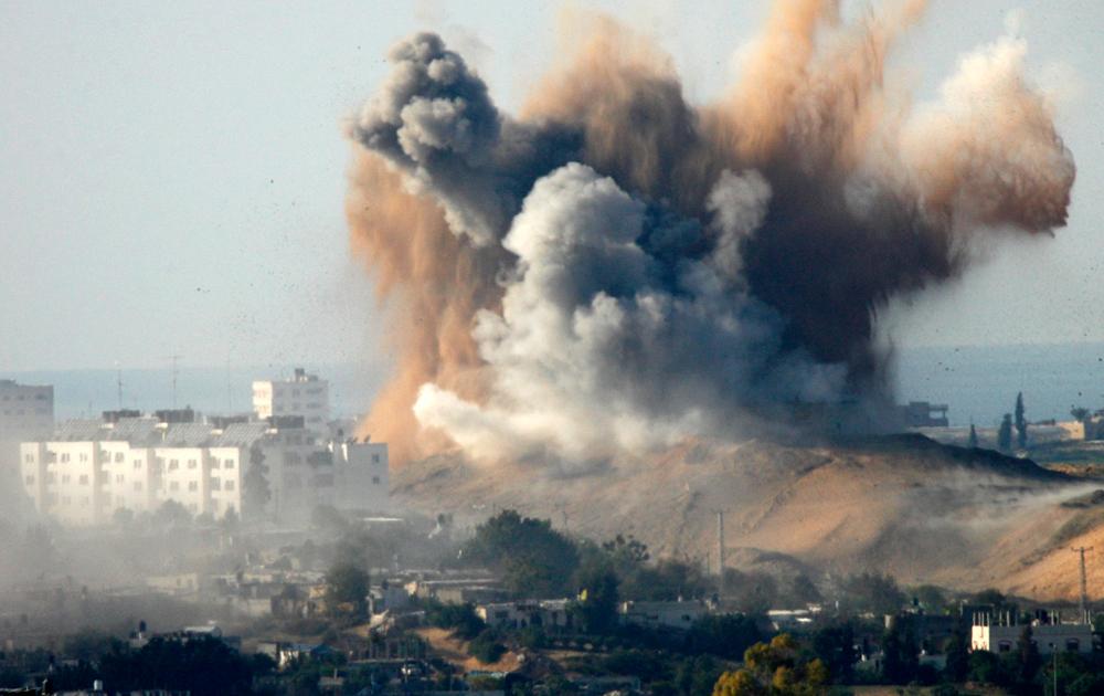 Бомбардировка территории Газы израильскими ВВС