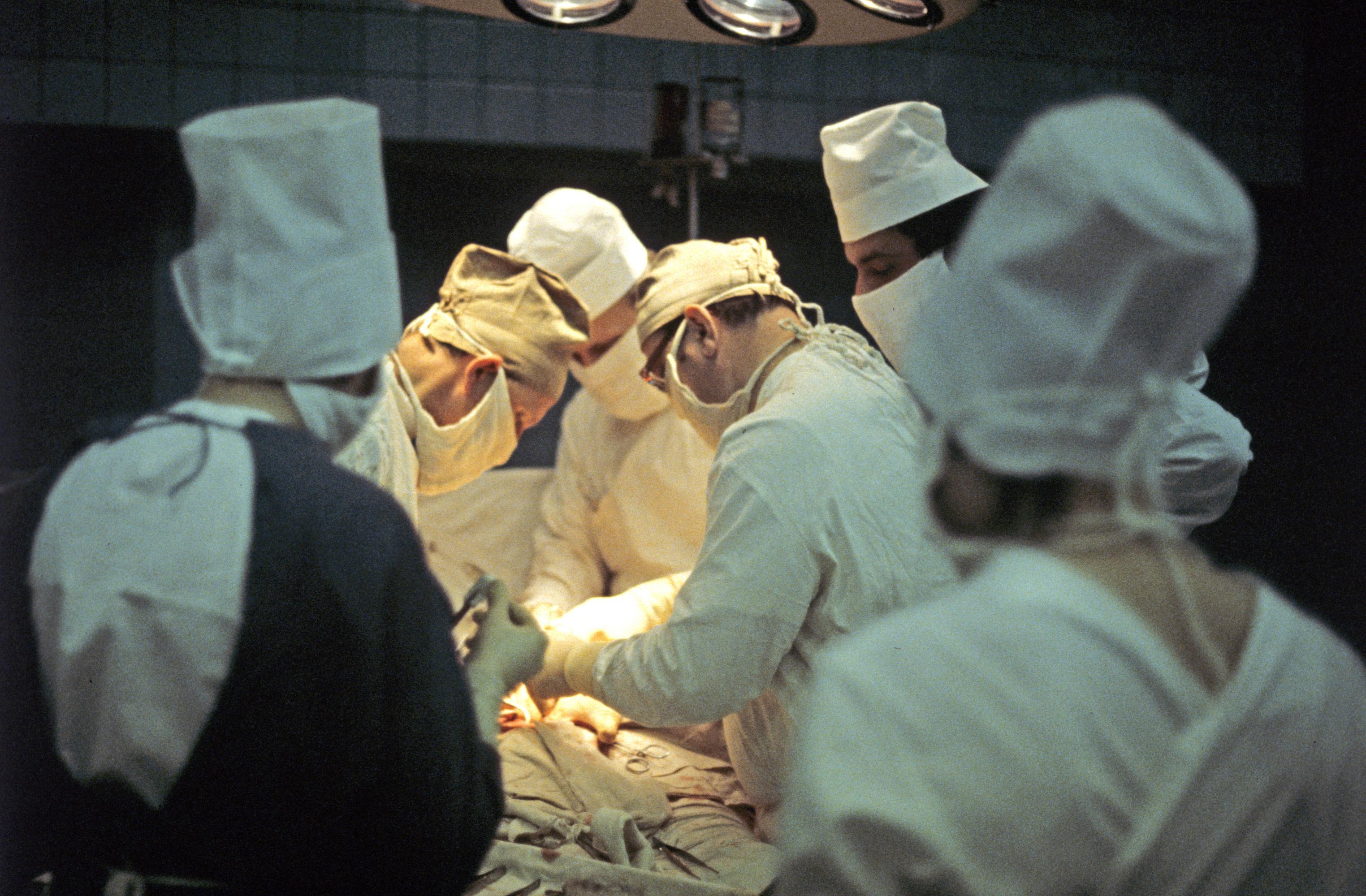 Врачи продолжают оперировать бобслеистку Скворцову