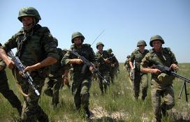 Военнослужащие ВДВ. Архивное фото
