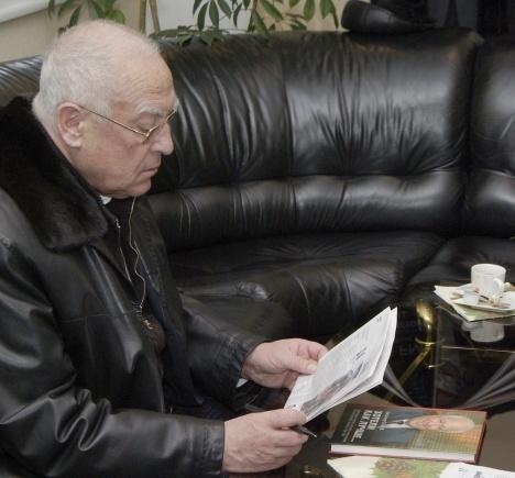 Виктор Черномырдин перед отлетом из Киева