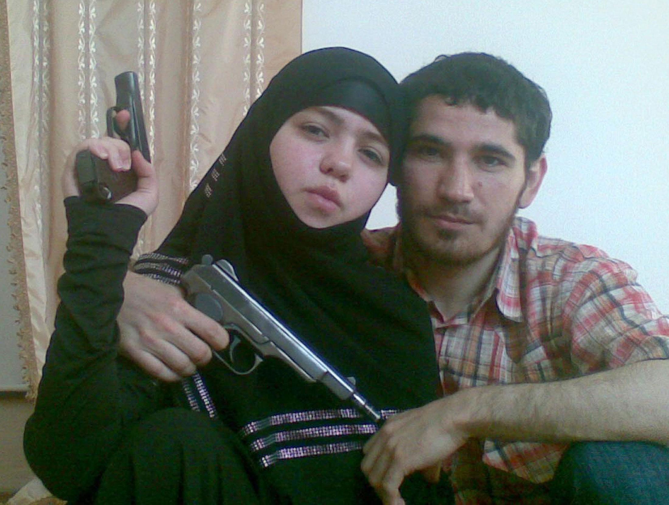 Джаннет Абдурахманова, подозревамая в организации взрывов в московском метро 29 марта 2010 года