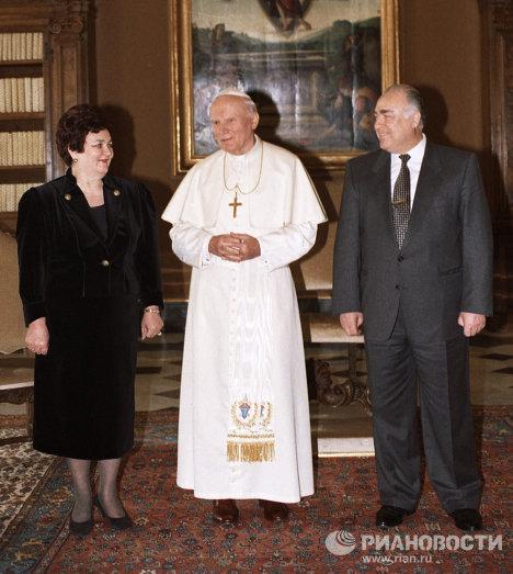 Виктор Черномырдин Иоанн Павел II