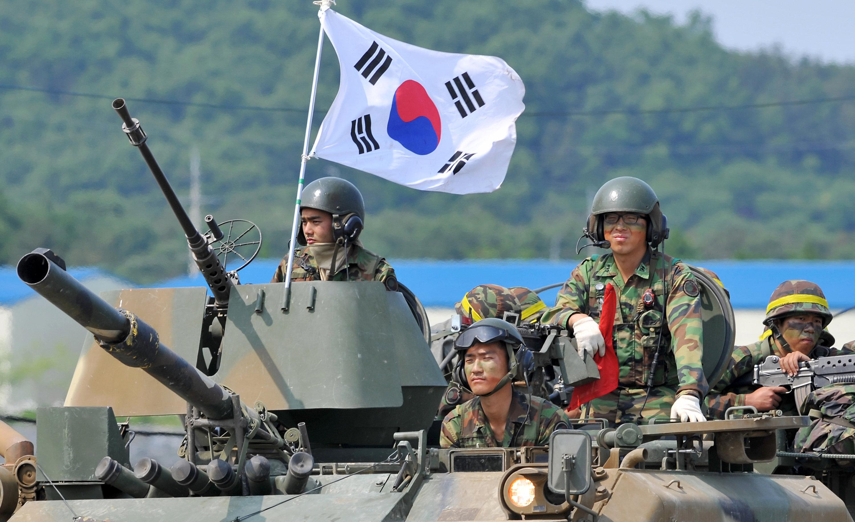 Военный арсенал Южной и Северной Кореи