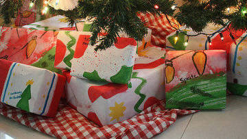 Новогодние подарки. Архивное фото