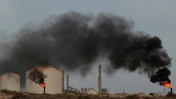 Ливийские повстанцы отбили нефтяной терминал у сил Каддафи