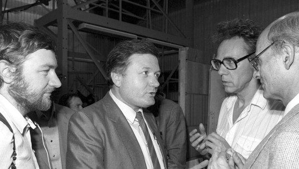 Астрофизик Рашид Сюняев. Архив