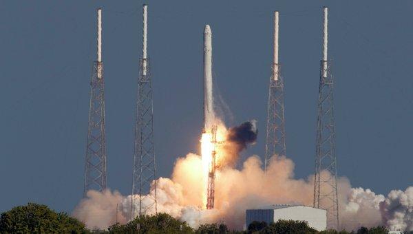 Первый в мире частный запуск космического аппарата
