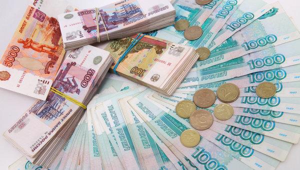 Глава финкомитета Госдумы считает ошибочной плавную девальвацию рубля