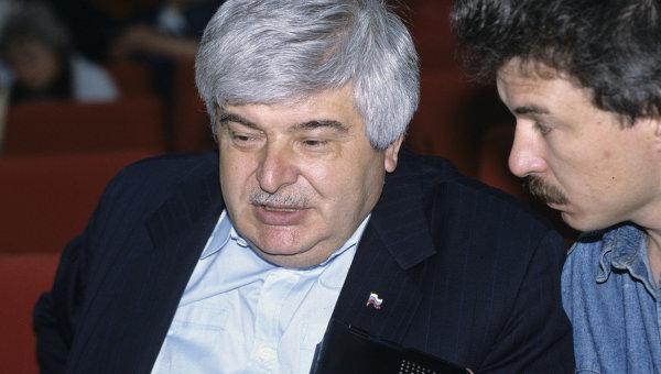 Гавриил Попов
