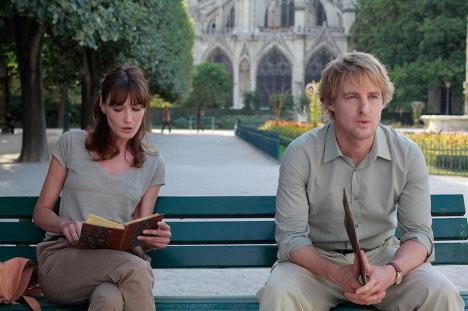 Кадр из фильма Вуди Аллена Полночь в Париже