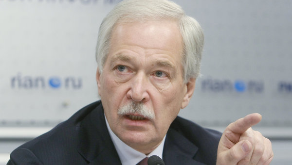 Борис Грызлов в РИА Новости во время работы круглого стола