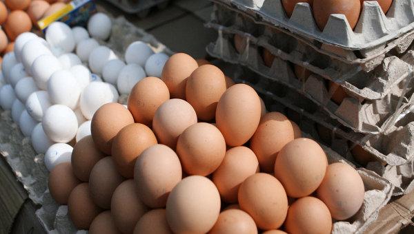 Торговля куриными яйцами, архивное фото