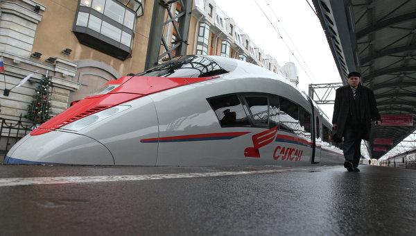 Высокоскоростной поезд Сапсан. Архивное фото