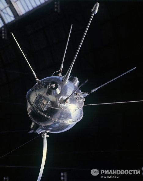 Межпланетная станция Луна-1 на ВДНХ