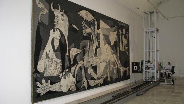 Испанский музей детально изучит Гернику Пикассо с помощью новейших технологий