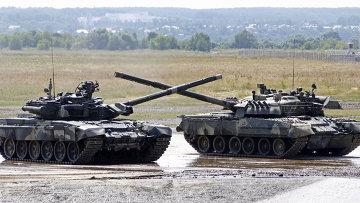 Танк Т-90 на территории полигона в Раменском. Архивное фото