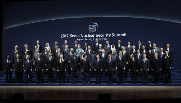 Президент РФ Д.Медведев на саммите по ядерной безопасности в Сеуле