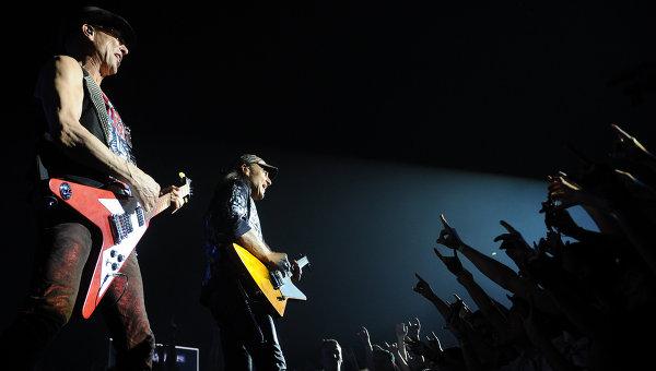 Концерт группы Scorpions, архивное фото