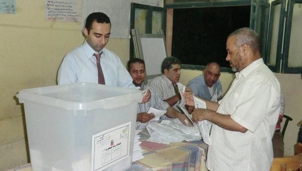 Президентские выборы в Египта, идет подсчет голосов избирателей. Архив