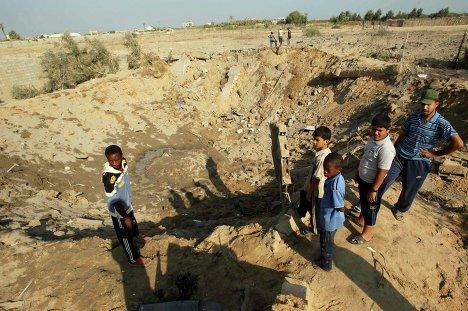 Последствия воздушной атаки израильских ВВС в секторе Газа