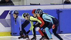 Соревнования по шорт-треку в Омске