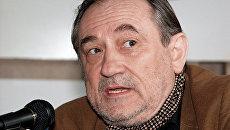 Актёр Богдан Ступка во время пресс-конференции в Москве. Архив