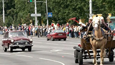 От телеги до МАЗа: эволюция пожарной службы на параде в Минске
