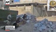Повстанцы перекрыли Дамаск баррикадами и стреляют по солдатам Асада