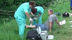 Выжившим в ДТП российским паломникам оказывали помощь на месте катастрофы