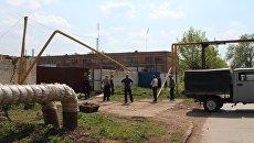 Грузовик врезался в газовую трубу в Отрадном, возникла утечка