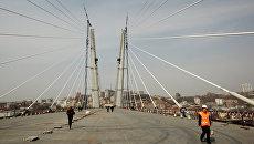 Мост через бухту Золотой Рог