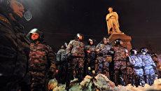 Сотрудники правоохранительных органов на Пушкинской площади в Москве. Архив