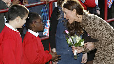 Герцогня Кембриджская Кэтрин на встрече со школьниками в Оксфорде