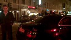 Автомобиль хабаровского спикера припарковался на зебре в Москве