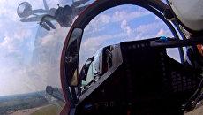 Пилотаж МиГ-35 и МиГ-29 на МАКС-2011. Видео из кабин пилотов истребителей