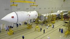 Подготовка к запуску РН Протон-М. Архив