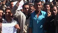 Тысячи человек добиваются отставки лидеров Бахрейна, Йемена и Ливии