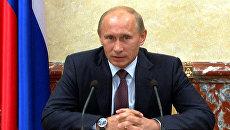 Тарифы в 2011 году будут сдерживать жестче, чем в 2010 – Путин