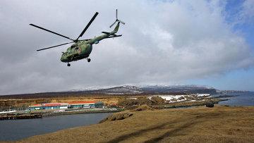 Военный вертолет Ми-8. Архивное фото