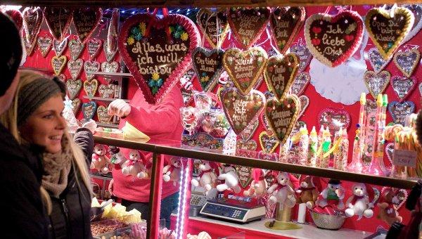 Пряничные сердца на рождественском базаре