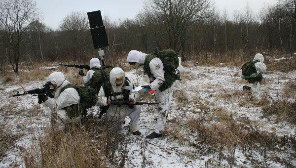 Войсковые испытания малогабаритного разведкомплекса Искатель с беспилотными летательными аппаратами (БЛА) в Тульской области