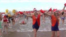 Новогодний заплыв, или Как европейцы ныряли в холодную воду 1 января