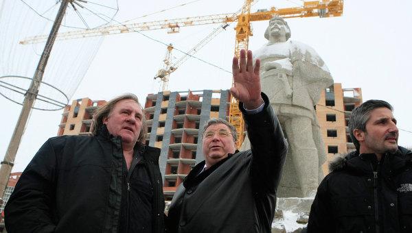 Актер Жерар Депардье посетил Саранск. Архив