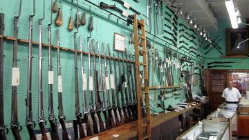 Продажа оружия. Архивное фото