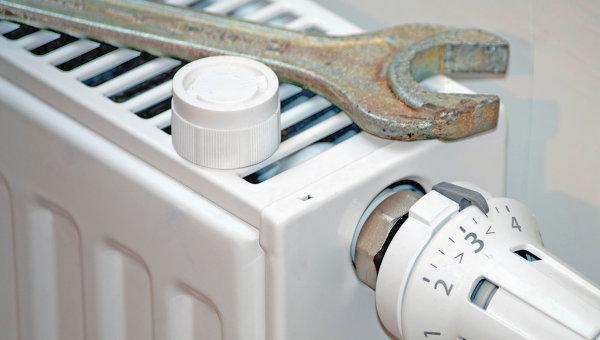 Радиатор отопления, архивное фото
