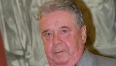Рем Вяхирев. Архив