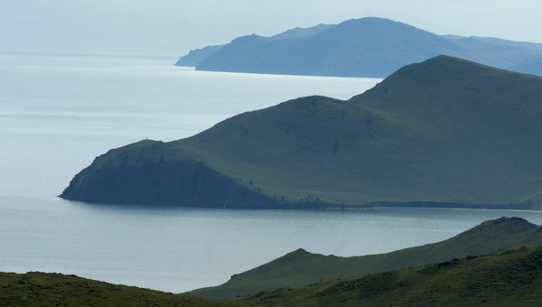 Озеро Байкал и окрестности.Архивное фото.
