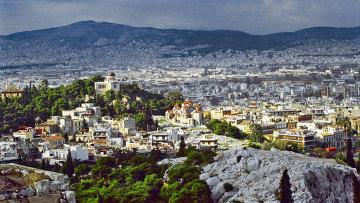 Вид на город Афины. Греция. Архивное фото