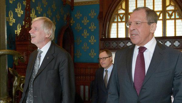 Встреча Сергея Лаврова и Эркки Туомиойи. Архивное фото
