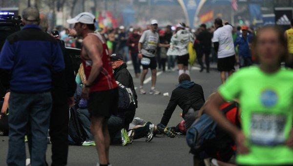 Пострадавшие на месте взрыва в Бостоне